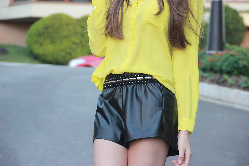look-do-dia-amarelo-e-preto